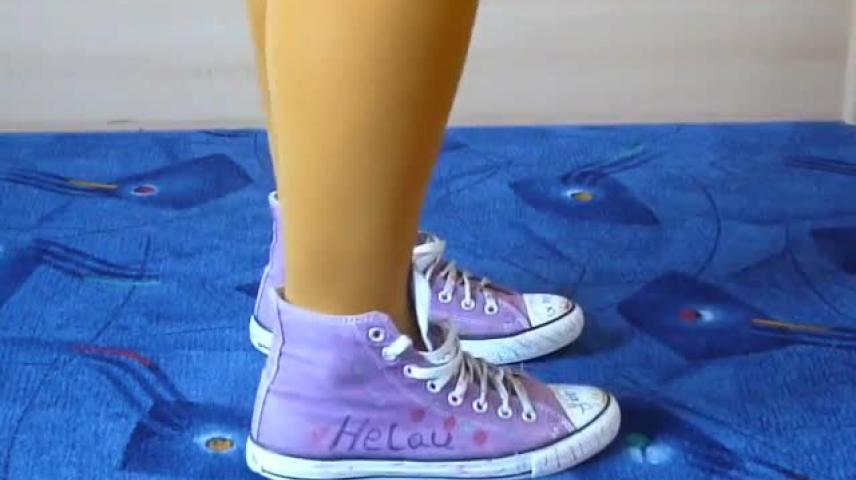 83e4a3961d3b Jana shows her carneval designed Converse All Star Chucks hi lilac - VidLii