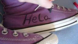 Janas friend designed her converse chucks hi lilac for carnival