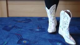 Jana shows her designed blue river western boots white