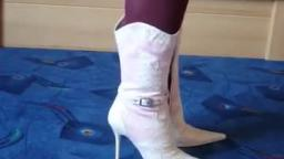 Jana shows her spike high heel cowgirl boots pink, snake white