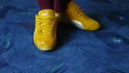 Jana shows her Puma Speed Cat suede yellow silver