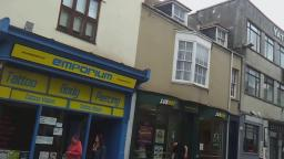 Walking Around Weymouth Dorset And Shopping