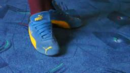 Jana shows her Puma Speed Cat suede blue black yellow