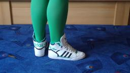Jana shows her Adidas Extraball Hi white and green