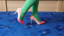 Jana shows her spike high heel Pumps Graceland pink and rose