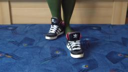 Jana shows her Adidas Hard Court hi shiny black, white, pink and anthrazit