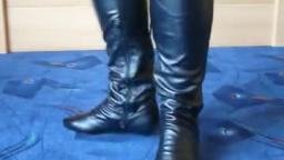Jana shows her heel boots black knee high