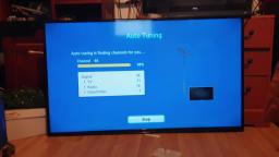 Look at a wall mount Samsung UE48H4200 48-inch Widescreen HD Ready Slim LED TV bought from gumtree