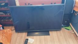 "Look at a broken Hitachi 40HXC06U 40"" Full HD LED TV With Freeview with just sound"