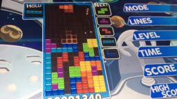 playing tetris :DDD