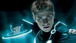 Tron: Legacy Review (+ 1982 Tron Recap) - I LIKED IT
