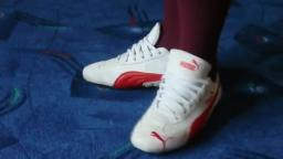 Jana shows her Puma Speed Cat suede white and red