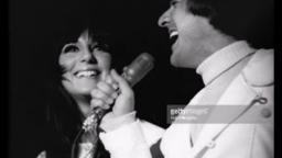Cher speaks about Sonny Bono and tribute to Sonny & Cher for Im Not in Love by 10cc
