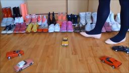 Jana make a model cars crush session with different pairs of shoes trailer