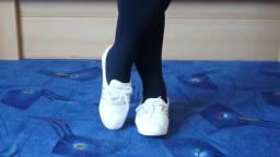 Jana shows her Adidas Concord Round Ballerinas shiny white and silver